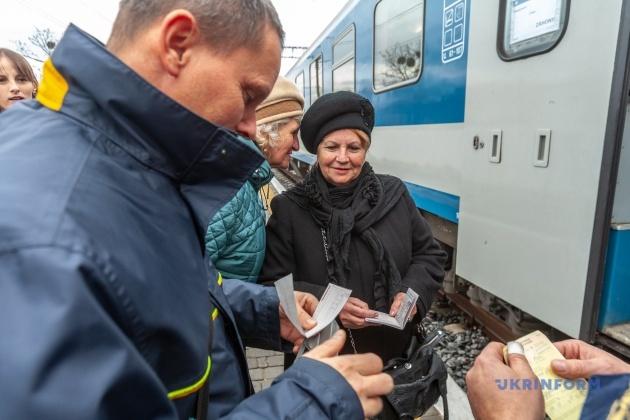 Перша пасажирка поїзду Мукачево-Будапешт Анна-Софія Рейпеші