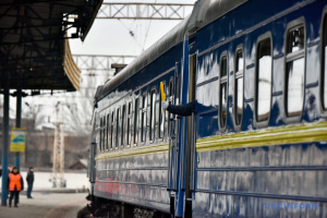 В Луцке и Тернополе возобновили остановку поездов