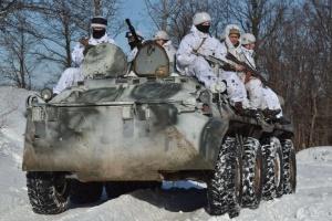 Оккупанты обстреляли из ПТРК грузовик - пострадали 10 военных