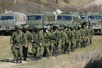 La Russie a triplé le nombre de ses soldats en Crimée et a décuplé son artillerie