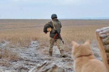 Donbass: 5 attaques contre les positions ukrainiennes, un soldat blessé