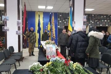 Сім'ї загиблого військового Дениса Лошкарьова Херсон виділить 150 тисяч