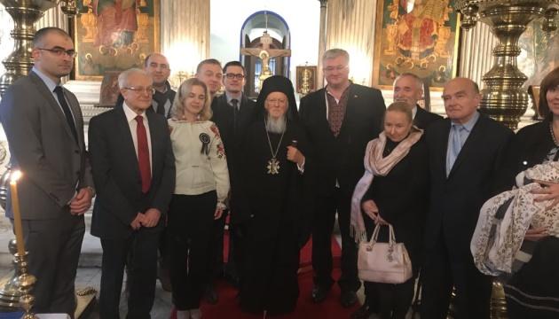 Патріарх Варфоломій разом з українцями помолився за жертв голодоморів