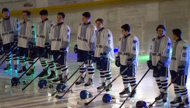 Канадська хокейна команда вдягла на гру вишиванки