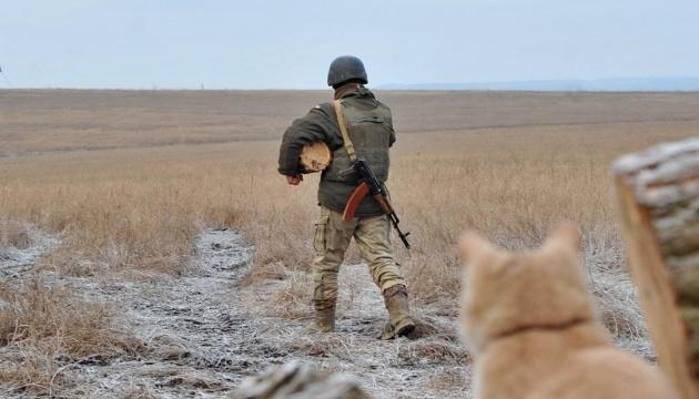 Besatzer greifen in fünf Richtungen an, ein ukrainischer Soldat verwundet