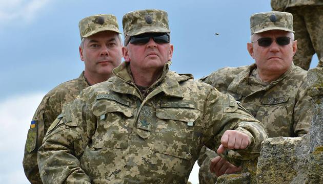 """ВСУ испытывают модернизированные зенитно-ракетные комплексы """"Тор"""" и """"Куб"""""""