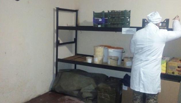 У Миколаєві військових намагалися нагодувати зіпсованими продуктами