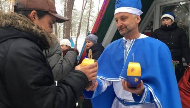 Діти з особливими потребами відкрили сезон візитів до Святого Миколая на Львівщині