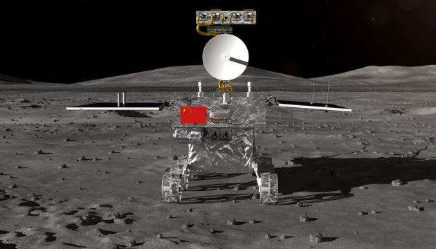 Китай запустив на зворотній бік Місяця зонд із картоплею