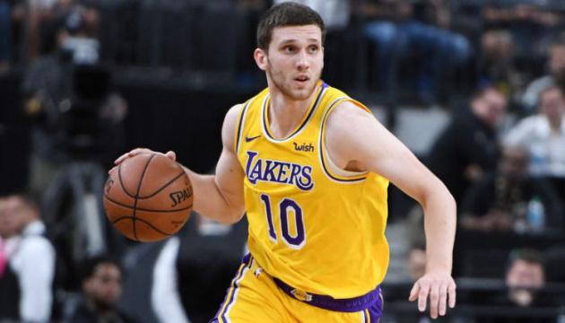 НБА: «Лейкерс» поступилися «Сан-Антоніо», Михайлюк набрав 6 очок