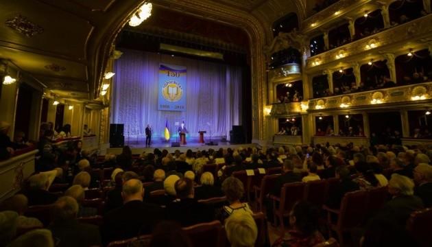 Президент ініціює зйомки кіно про створення помісної Української православної церкви