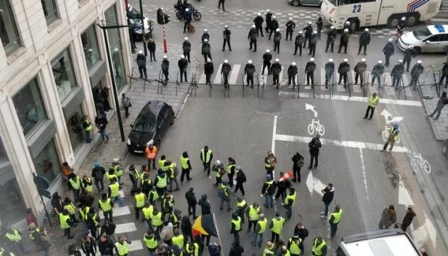 У Брюсселі поліція затримала 300