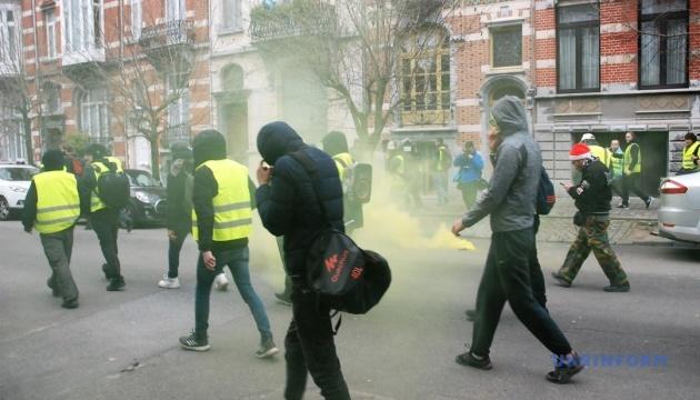 У Парижі учаснику руху