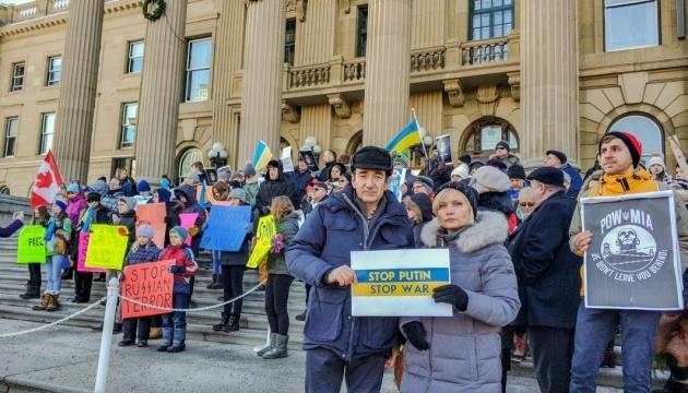 Se realiza una acción contra la agresión rusa en Ucrania en la ciudad canadiense de Edmonton