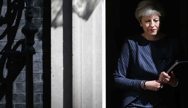 Brexit: Мей може знову скасувати вирішальне голосування щодо її угоди