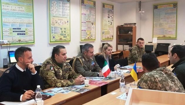 Ucrania e Italia discuten la formación conjunta de expertos en seguridad cibernética (Fotos)