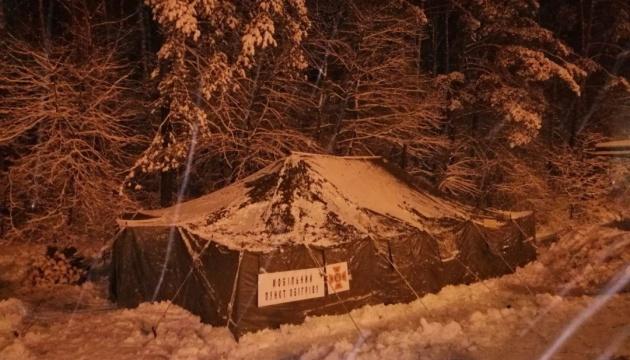 На въездах в Киев обустроили пункты обогрева для водителей