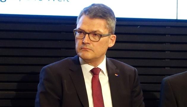ЕС должен дать перспективу членства странам Восточного партнерства - депутат Бундестага