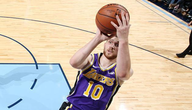 Баскетбол: Михайлюк отыграл 9 минут в матче НБА