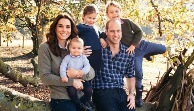 Королевская семья показала новые фото для рождественских открыток