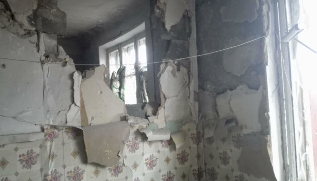 Окупанти обстріляли Золоте-4 на Луганщині, пошкоджений житловий будинок