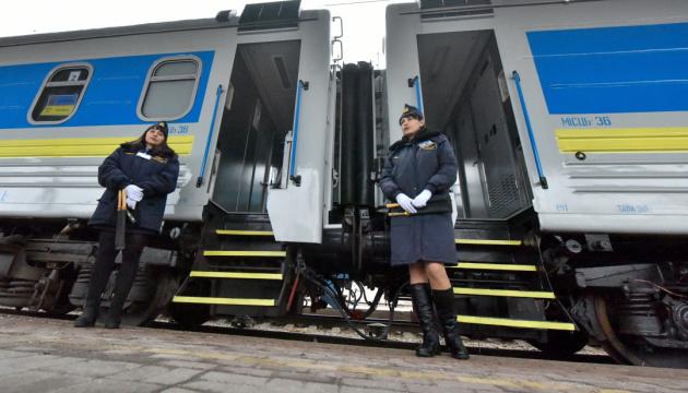 Укрзалізниця планує цьогоріч оновити понад 110 пасажирських вагонів