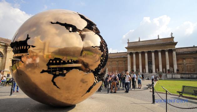 Ватиканские музеи открываются для посетителей