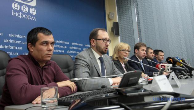 Українське консульство перерахувало кошти кожному полоненому моряку