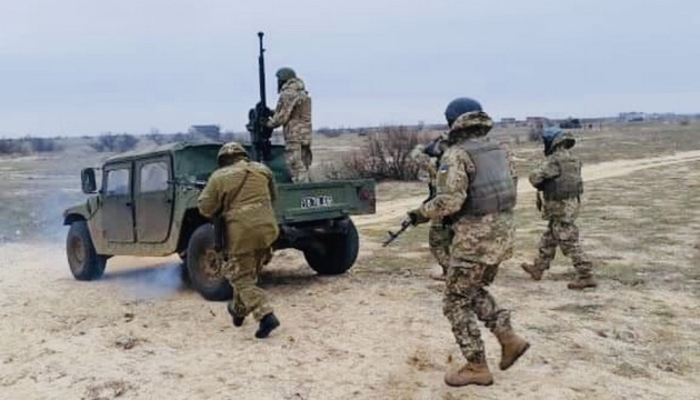 Übungen der Marinesoldaten und Reservisten
