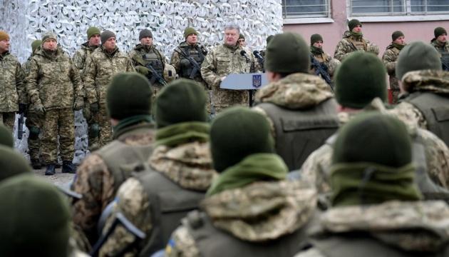 Poroschenko zieht Bilanz des Kriegsrechts: Flugabwehr und Luftstreitkräfte konnten verstärkt werden