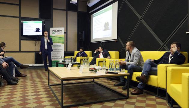 Урожай сорго українського фермера потрапив до Книги рекордів