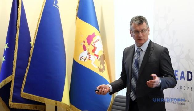 Створення ОТГ на Київщині ускладнюється через бюрократію - директор Київського ЦРМС