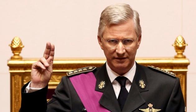 Король Бельгії прийняв відставку прем'єра і доручив уряду працювати до весни