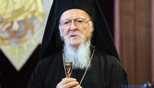 コンスタンティノープル総主教、ウクライナ正教会独立のための文書に署名