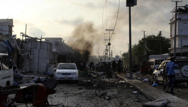 Теракт біля палацу президента Сомалі: загиблих уже 20
