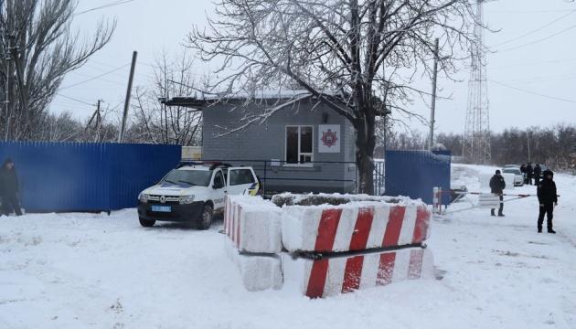 Пункты пропуска на Донбассе открылись по графику и работают в штатном режиме
