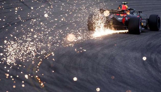 Формула-1: Red Bull може залишити змагання після 2020 року