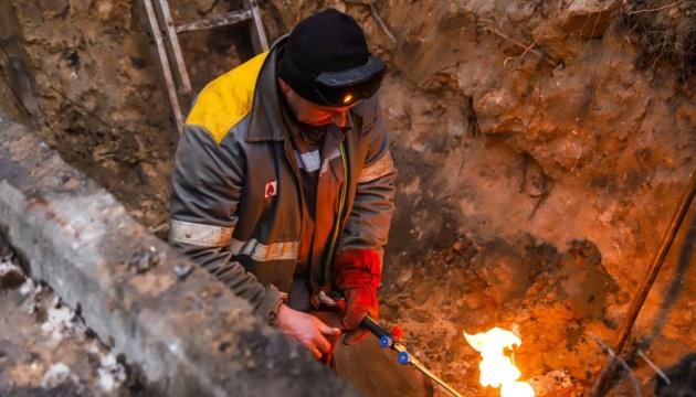 На Подолі через аварію без тепла і води залишилися понад 60 будинків