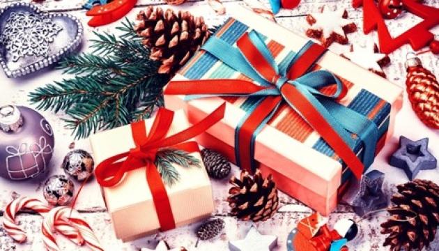 Как правильно покупать новогодние и рождественские подарки?