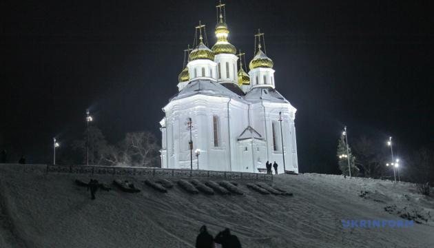 У Чернігові по-новому підсвітили козацьку Катерининську церкву