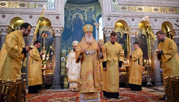 Патріарх Філарет продовжить служити у Володимирському соборі