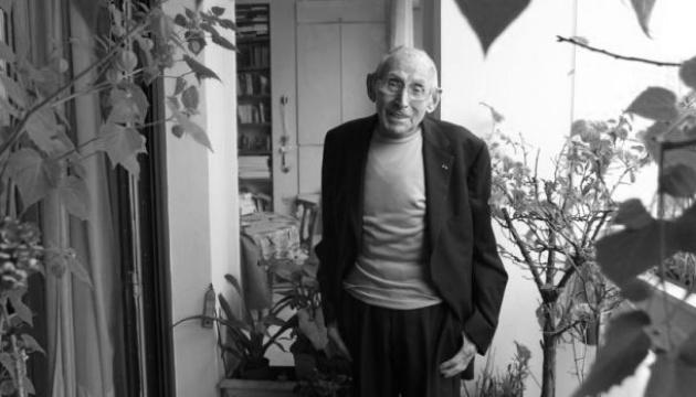 Помер герой Опору, який врятував від нацистів сотні єврейських дітей