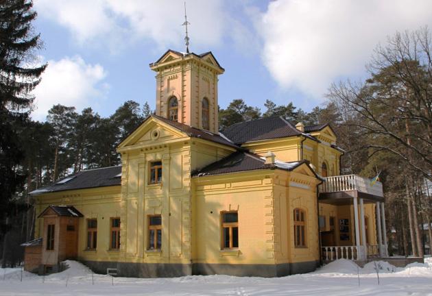 Уваровський будинок у Ворзелі