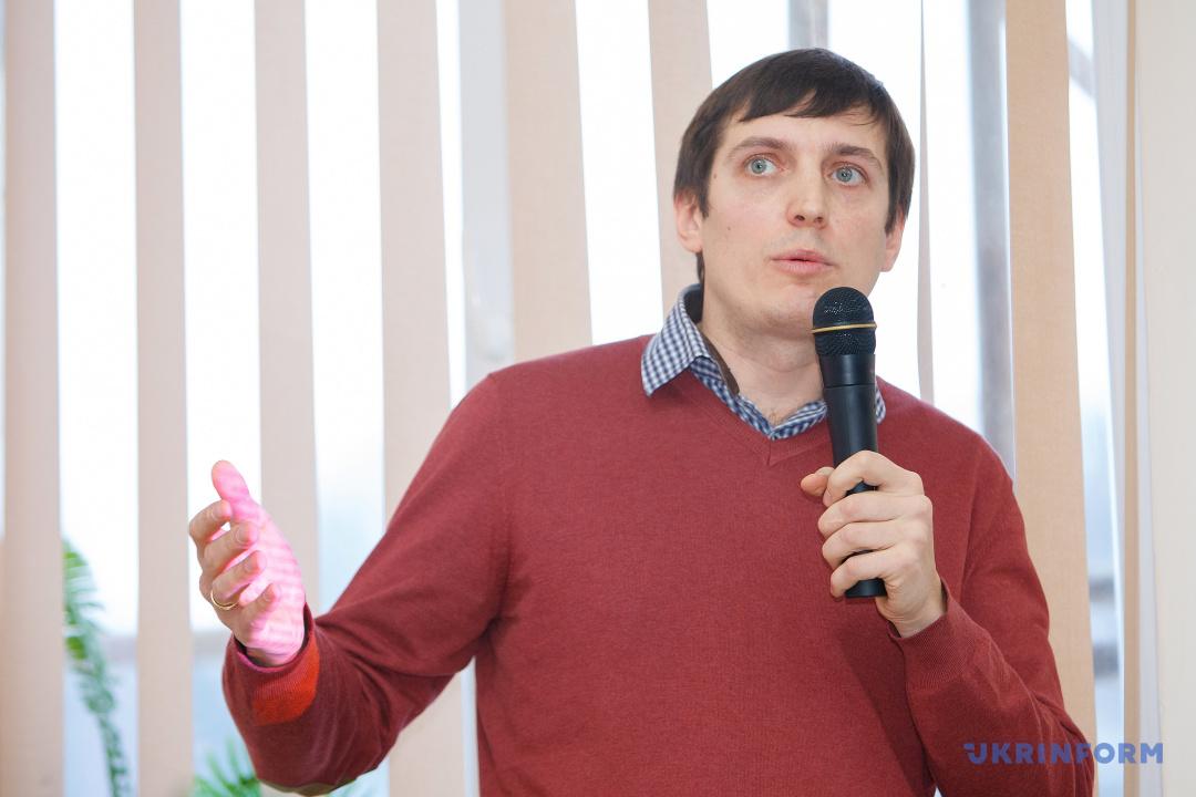 Святослав Жмуцький