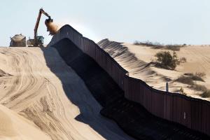 Трамп в «турборежиме» хочет достроить стену с Мексикой до инаугурации Байдена - СМИ