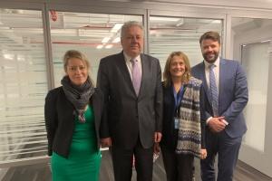 Eltschenko bespricht Situation im Donbass mit neuer OCHA-Chefin  Alice Sequi