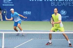 Australian Open: Молчанов и Зеленай вышли во второй круг парного разряда