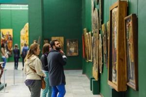 Киевские музеи приглашают сделать селфи с их экспонатами
