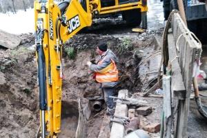 Авария в Соломенском районе: 36 зданий без тепла и горячей воды