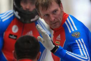 Президента Федерации бобслея России дисквалифицировали за допинг